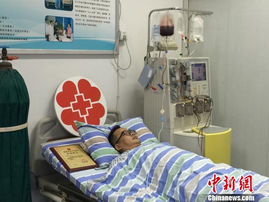 46岁医院院长献髓救人重庆完成第70例造血干细胞捐献