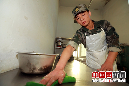 炊事员王耀彬:我想去阵地看看