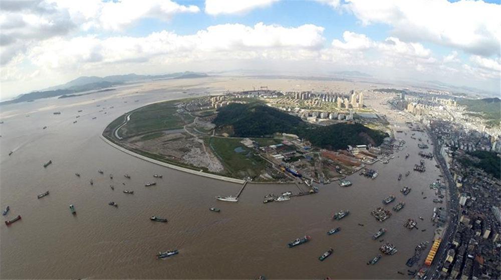 台风'泰利'远离 浙江海域渔船开捕