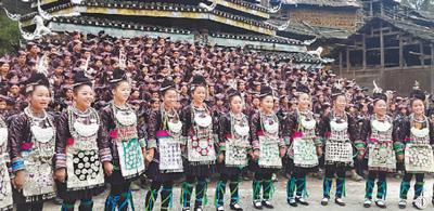 用传统文化之光照亮民族复兴之路