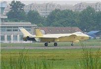 歼20战机换装国产发动机 推力可超14吨