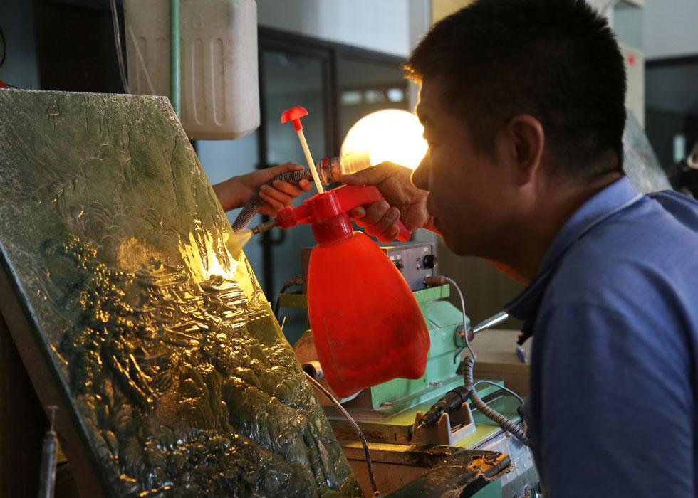 第39期:走近玉雕大师的世界 领略玉石雕刻的魅力