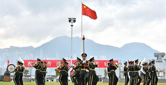 200位香港各界人士中秋慰问驻港官兵