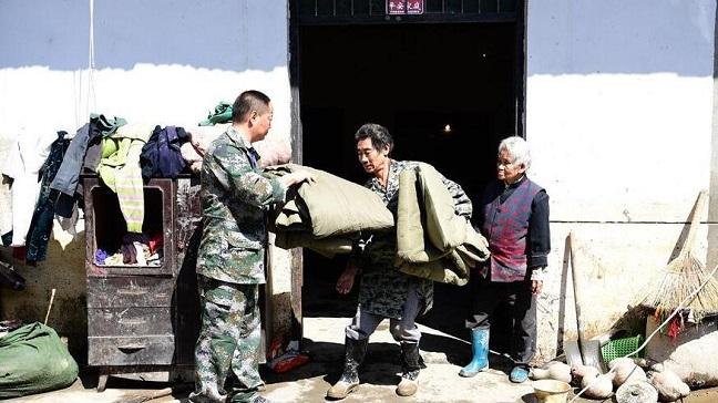 陕西安康暴雨致14.9万人受灾