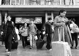 北京下周一周四早高峰交通压力大客运场站周边车流集中