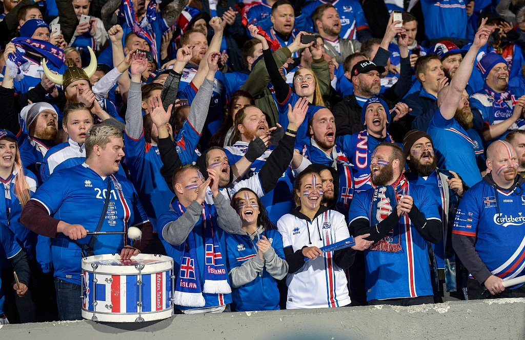 2018年世界杯欧洲区预选赛最后一轮,冰岛主场2-0击败科索沃,获得小组