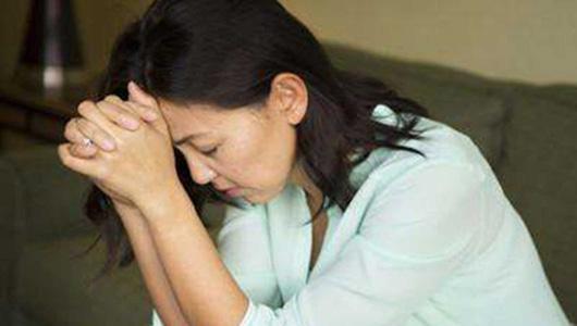 抑鬱症或將成全球第二大疾病 各國如何應對?