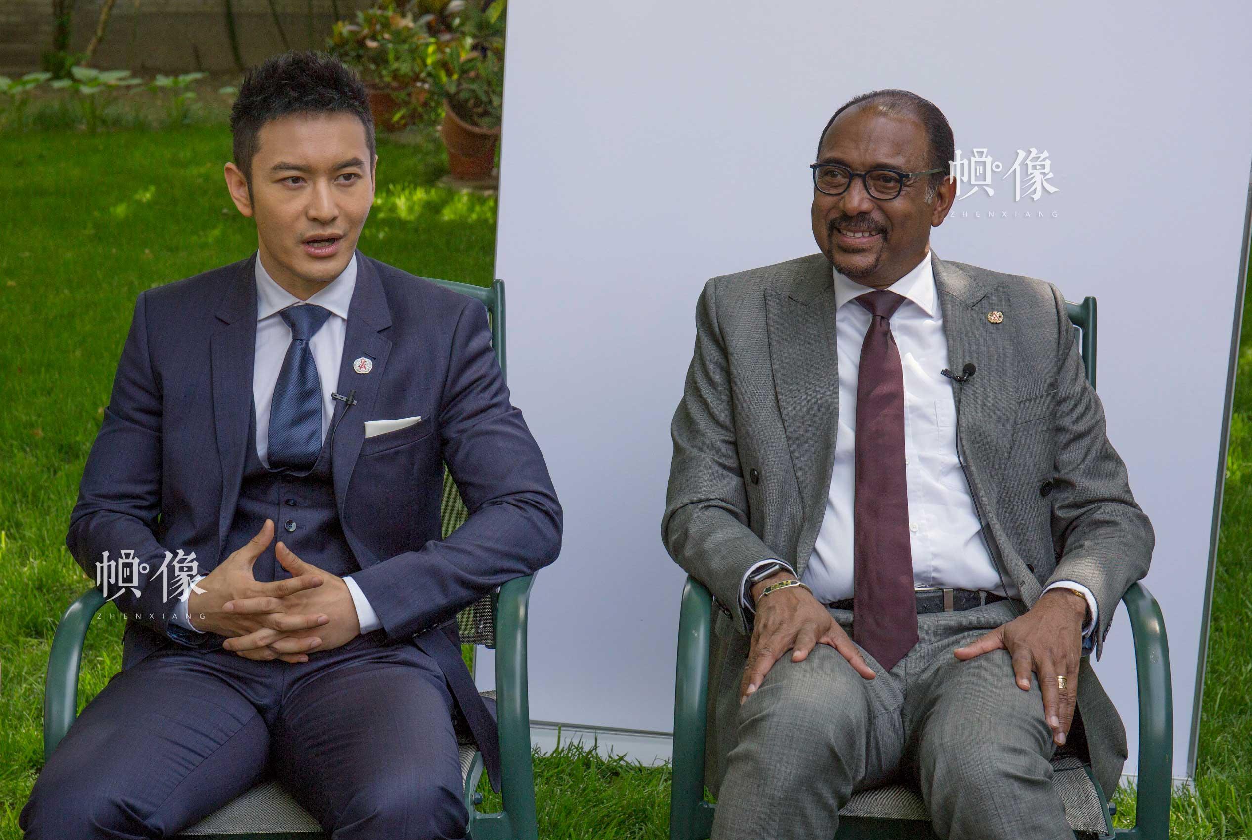 2017年5月12日,联合国艾滋病规划署执行主任米歇尔·西迪贝与联合国艾滋病规划署亲善大使黄晓明在北京联合国大院举行媒体见面会。中国网记者 高南 摄