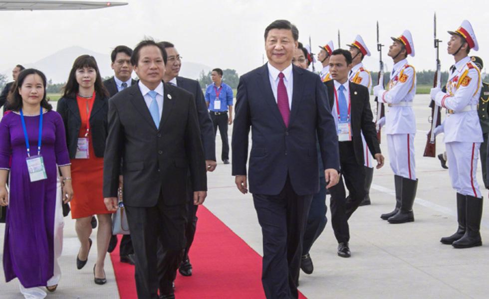 習近平抵達越南峴港第一天,新華社獨家照片。