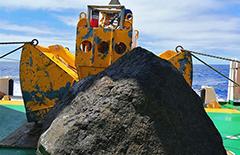 """""""向阳红01""""船获取重约2吨的海底岩石样品[图]"""