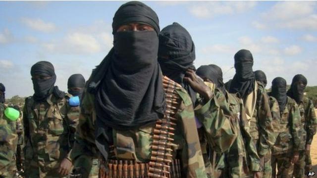"""索马里官员:81名""""青年党""""武装分子被击毙"""