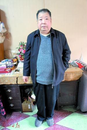 作家二月河在河南南阳的家中。