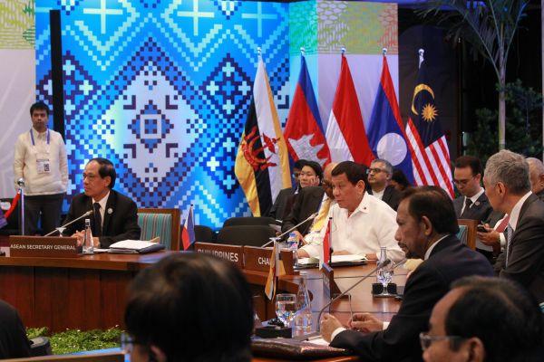 这是11月13日在菲律宾马尼拉拍摄的第31届东南亚国家联盟(东盟)峰会现场。当日,第31届东盟峰会在菲律宾首都马尼拉正式开幕。新华社发