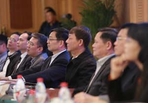 《中国正在说》讲好新时代中国故事获赞