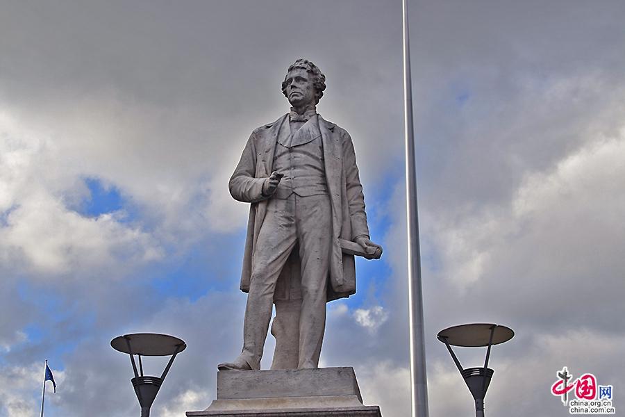 奧康奈爾大街的雕塑