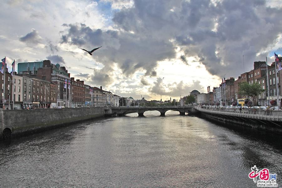 利菲河是都柏林的母親河