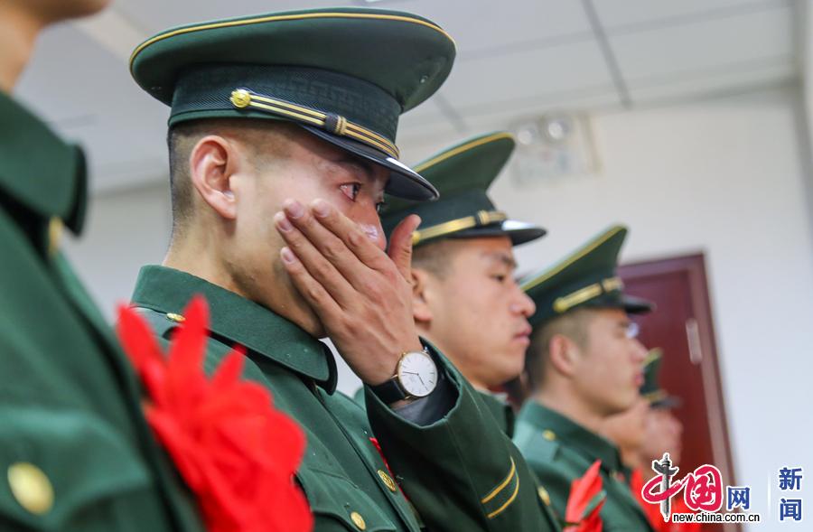 青春留在军营 带走最美的橄榄绿印记先锋资源av色撸