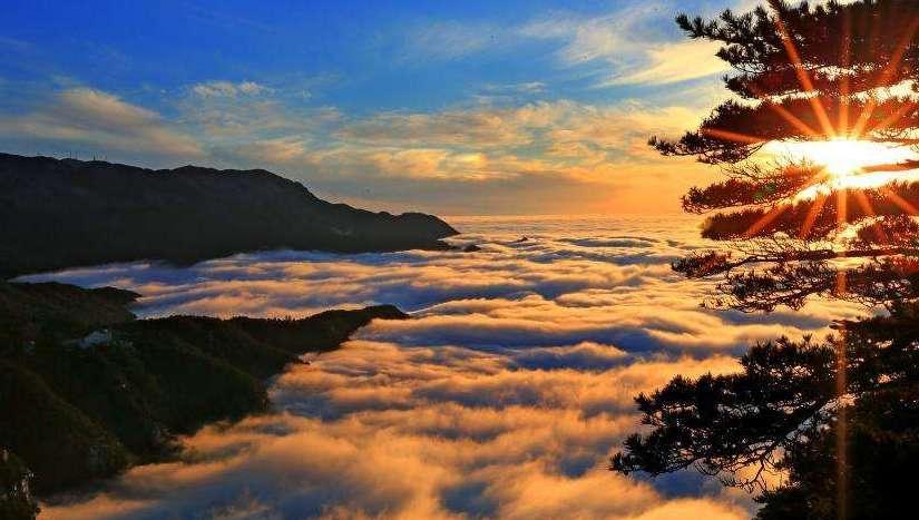江西庐山现壮丽云海景观