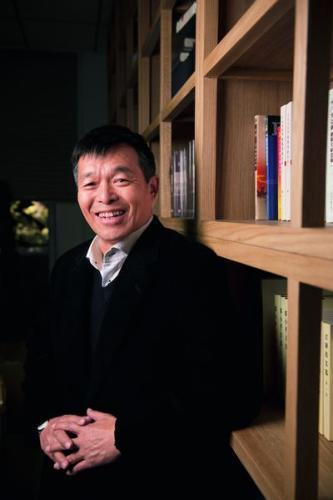 """国情研究专家胡鞍钢:""""中国崩溃论""""就是个国际笑话"""