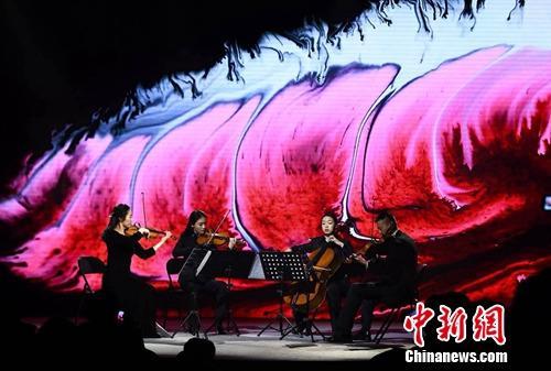 为古典音乐在大众文化普及领域打开了一扇新的窗口