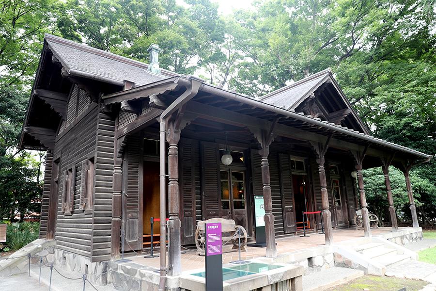 江户:旧岩崎邸庭园之撞球室