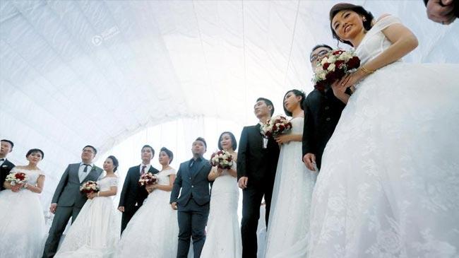 50對中國新人斯里蘭卡辦婚禮 總統發結婚證