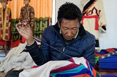 西藏谢通门县:传统手工业促脱贫