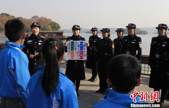 """浙江环保""""新主张"""":西湖边开设""""绿色课堂"""""""