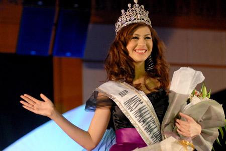 صور ملكات جمال لبنان 000802aa2f2f0bcfb9f614.jpg