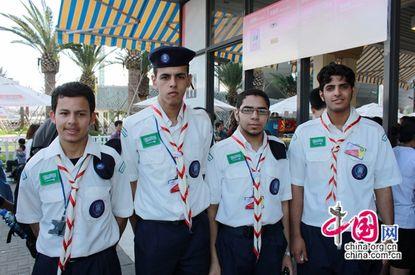 أطعمة إسلامية في حديقة إكسبو شانغهاي العالمي تحظي بإعجاب شباب سعوديين