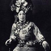 أجمل 5 مترجمات صينيات لمشاهير (خاص)