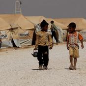 الأردن يوفر خياماً للاجئين سوريين (خاص)