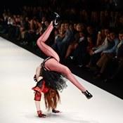 لقطات من أسبوع أزياء روسيا لربيع وصيف عام 2013 (خاص)