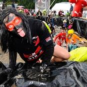 سباق الركض في الطين يقام في شرق فرنسا