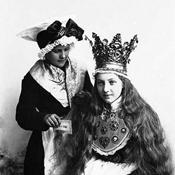 طريق الشمال .. أزياء الزفاف التقليدية في النرويج
