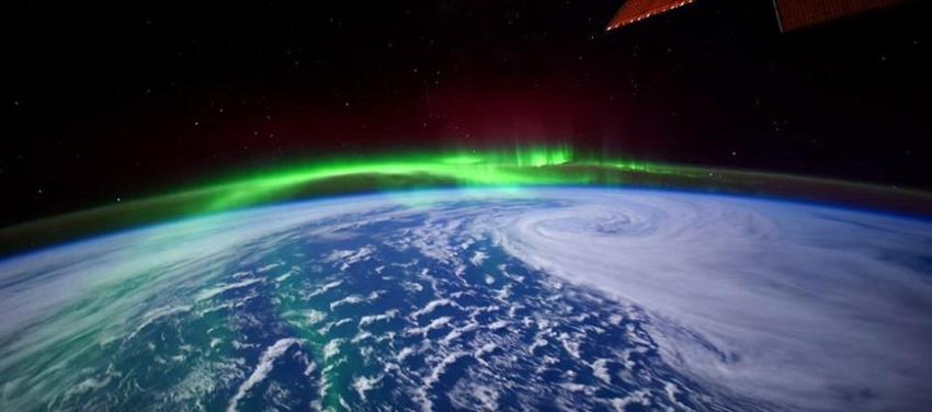 الشفق القطبي بعدسة رائد فضاء