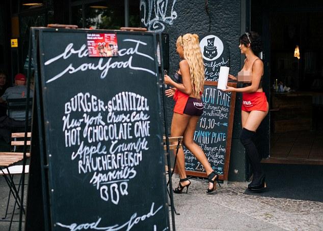 مطعم للعراة في ألمانيا