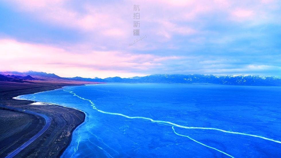 مناظر بحر سيرام الخلابة في شينجيانغ