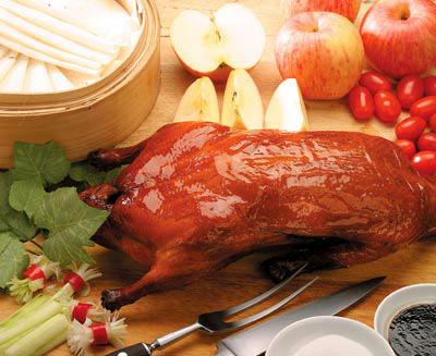 Le canard laqué pékinois donne un avant-goût aux clients