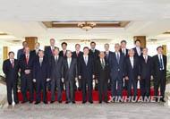 Le vice-président chinois Xi Jinping rencontre les conseillers du FAB