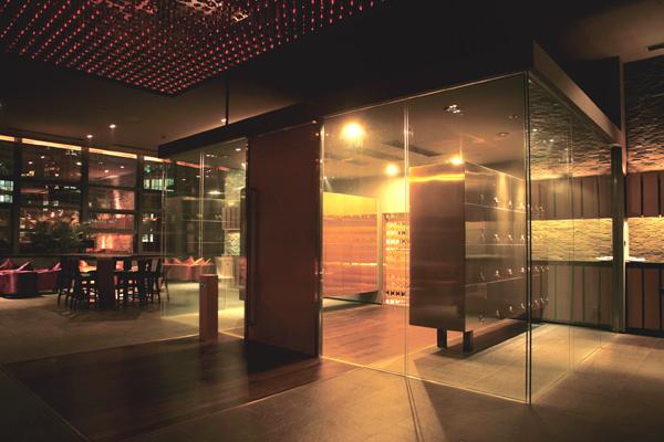 maison camus la rencontre de la culture du vin fran ais. Black Bedroom Furniture Sets. Home Design Ideas