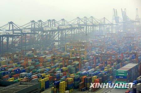 Le quai à conteneurs du port de Yantian dans la ville de Shenzhen.
