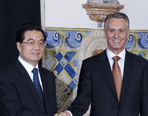 Entretien entre les présidents chinois et portugais