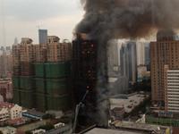Au moins 53 morts dans un incendie à Shanghai