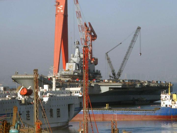 Le porte-avion chinois s'apprête à partir en mer_4