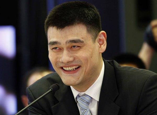Yao Ming participe à une table ronde de la jeunesse au FAB 2011