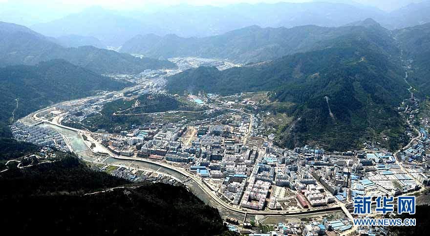 Vue panoramique des régions reconstruites dans le Sichuan_11