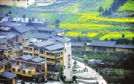 Le tourisme du Sichuan passe des ruines au miracle