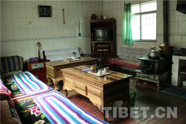 La cuisine de l'appartement d'un employé de la voirie de Renzeng.