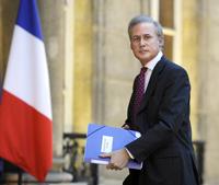 France : démission du secrétaire d'Etat à la Fonction publique, accusé d'agression sexuelle